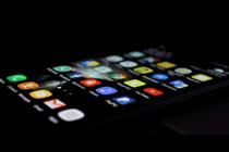 手机APP侵害用户权益的现象与本质